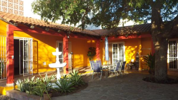 Central Bed & Breakfast La Paz