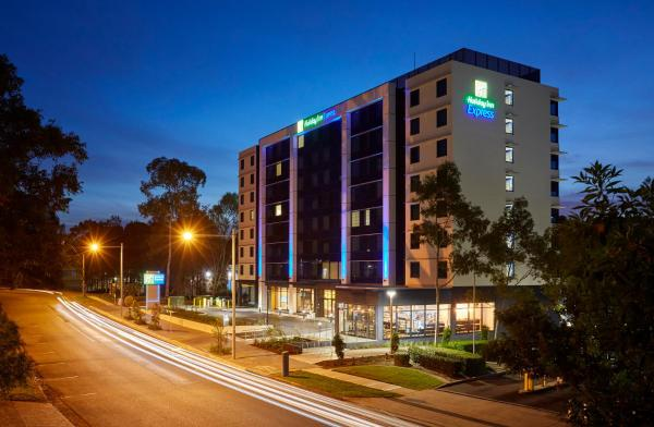 Holiday Inn Express Sydney Macquarie Park 赖德