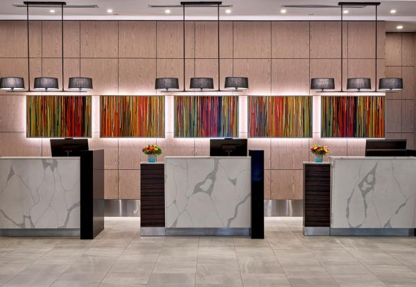 Delta Hotels by Marriott Edmonton Centre Suites Edmonton