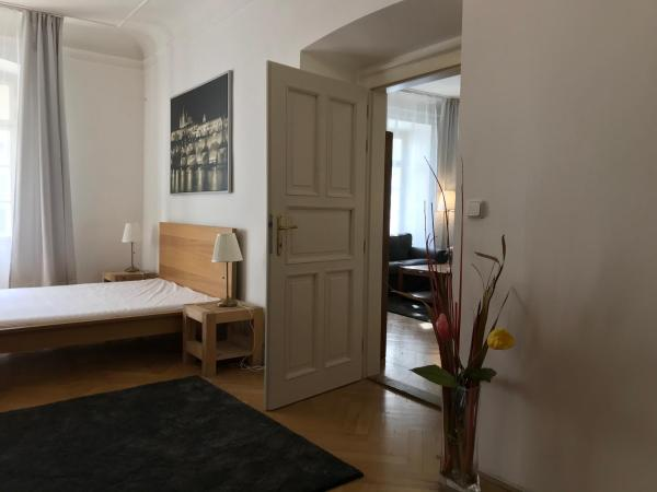 Charles Bridge Apartments Prag
