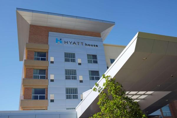 Hyatt House Atlanta Downtown Атланта