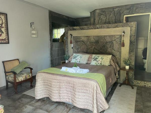 Guinea Feather Country Lodge & Conferencing
