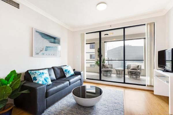 Surry Hills Fully Self Contained Modern 1 Bed Apartment (1012ELZ) 悉尼中央商业区