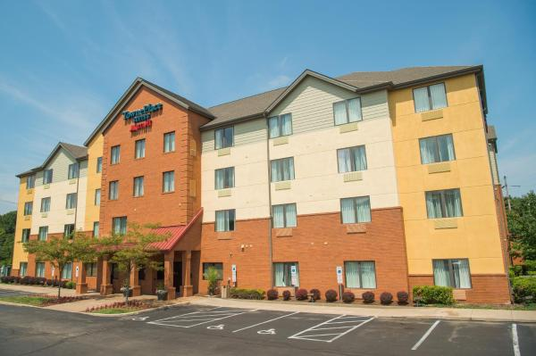 TownePlace Suites by Marriott Erie Kearsarge
