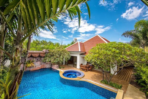 Adare Pool Villa Pattaya