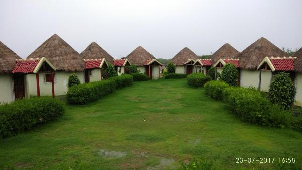 Rann Village Resort Bherandiāla
