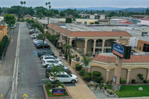 Howard Johnson Buena Park Buena Park