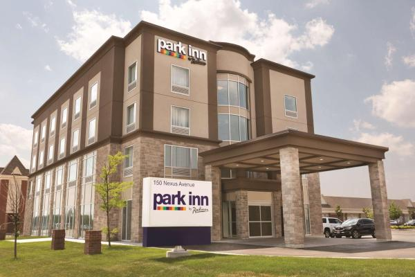 Park Inn by Radisson Brampton, ON Brampton
