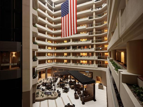 Embassy Suites Crystal City - National Airport Arlington