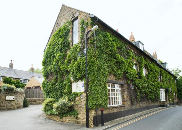 The Poplars Hotel Moulton