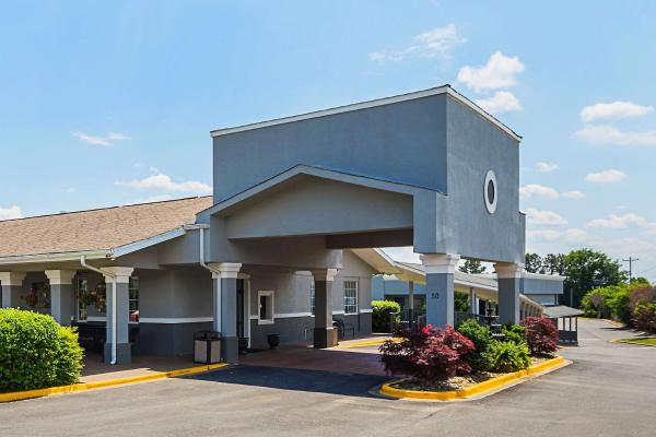 Quality Inn & Suites Haywood Mall Area Greenville