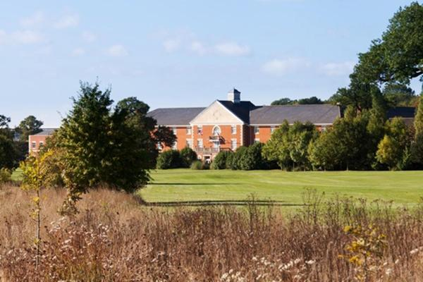 Whittlebury Hall and Spa Уитлбери