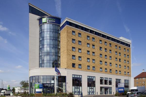 Holiday Inn Express London - Newbury Park Ilford