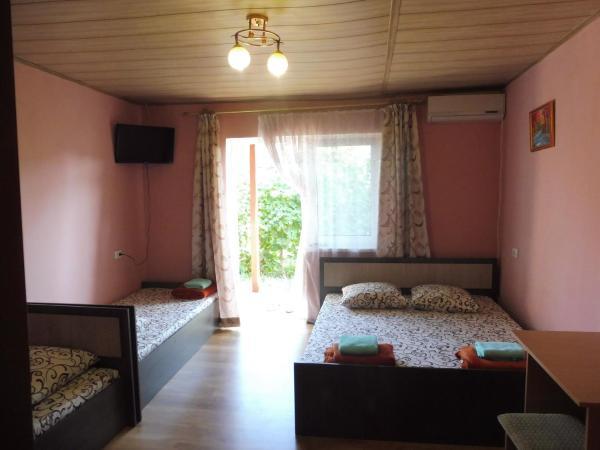 Гостевой дом На Качинской, 30 Andreevka