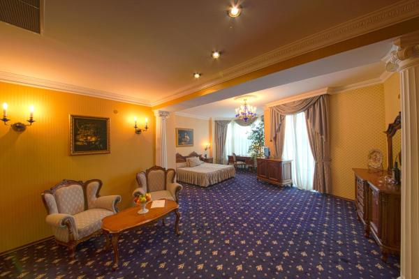 Grand Hotel London Varna