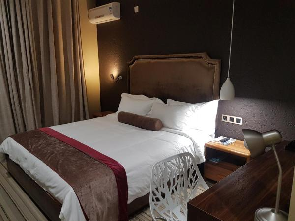 La Signature Guest house Francistown