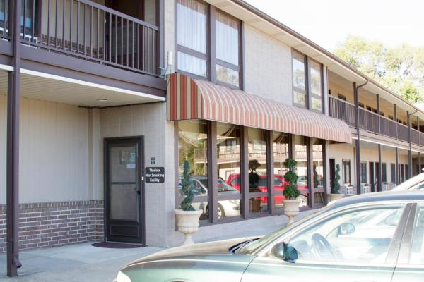 Cottonwood Inn & Suites Phillipsburg