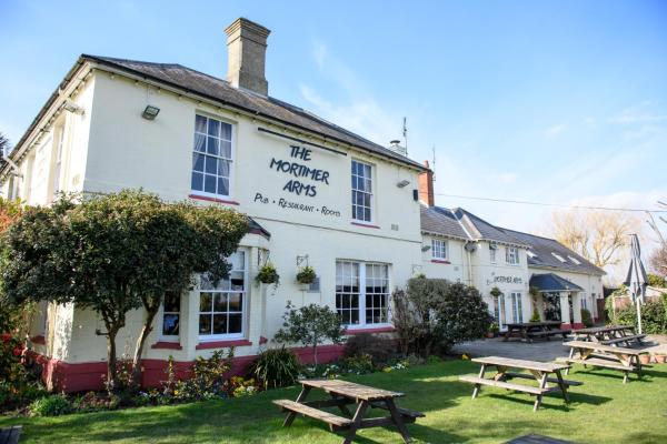Mortimer Arms Inn SHUT TEMPORARILY DUE TO GOV RESTRICTION Romsey
