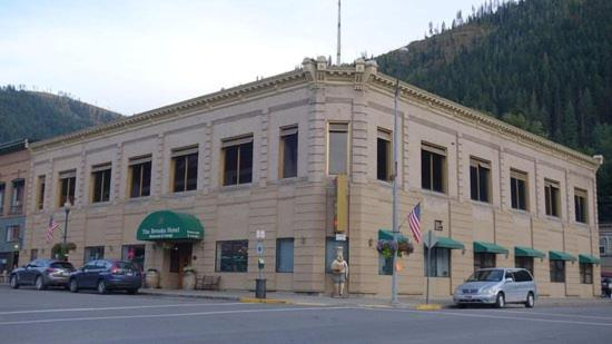 The Brooks Hotel Restaurant and Lounge Wallace
