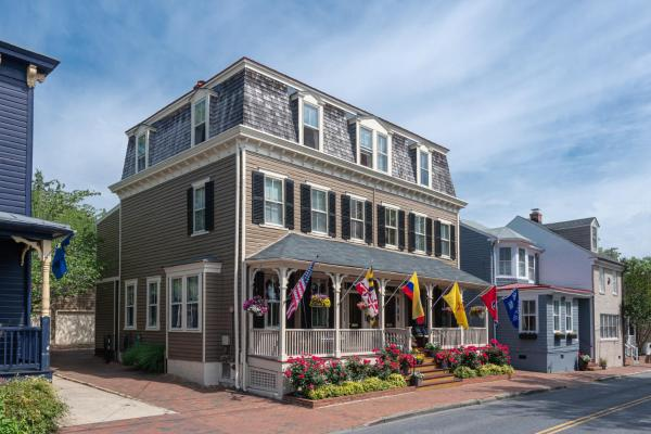 Flag House Inn Annapolis