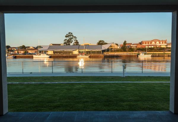 Ulverstone Waterfront Apartments Ulverstone