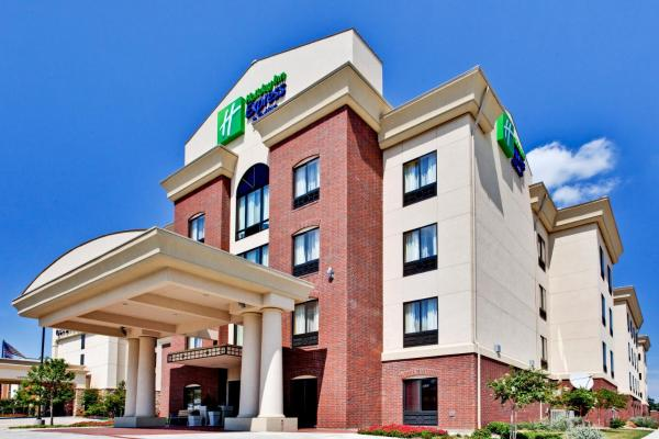 Holiday Inn Express Hotel & Suites DFW West - Hurst Hurst