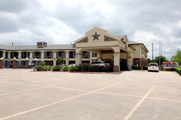 Ranger Inn & Suites Arlington