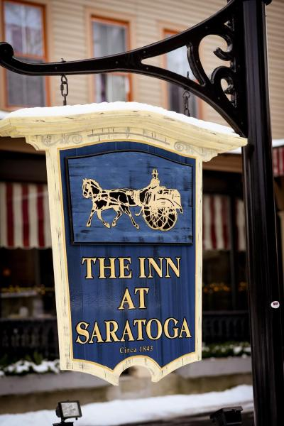The Inn at Saratoga 萨拉托加泉