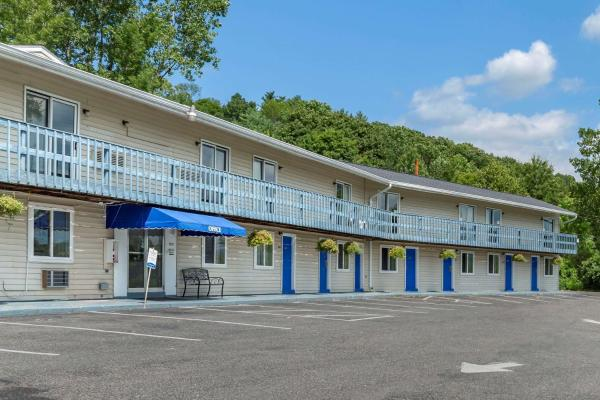 Econo Lodge Lee - Great Barrington Lee