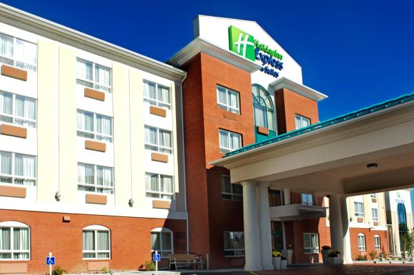Holiday Inn Express Hotel & Suites Edson Edson