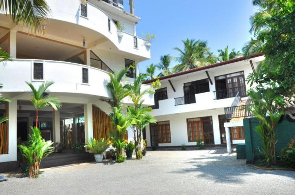 Green Shadows Beach Hotel Kalutara