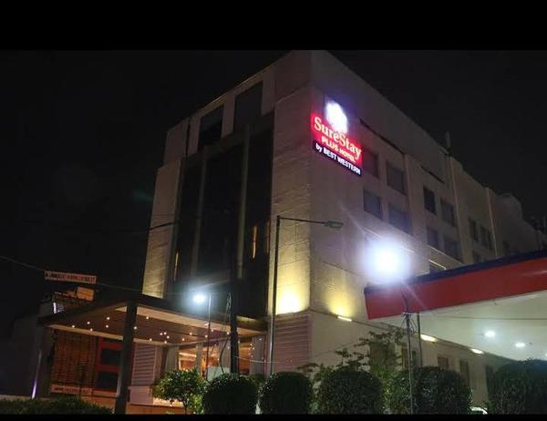 Country Inn & Suites by Radisson Indore