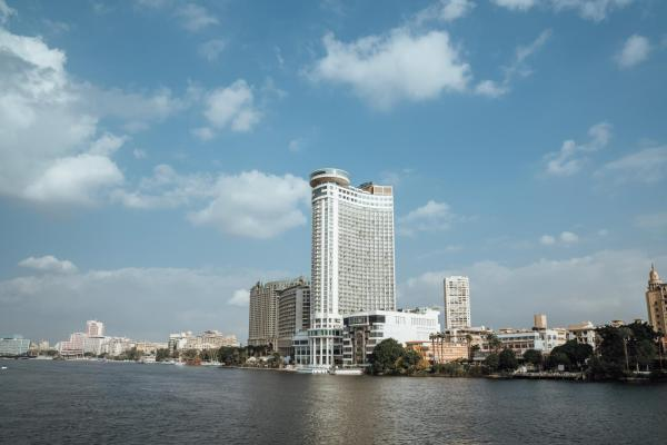 Grand Nile Tower Каир