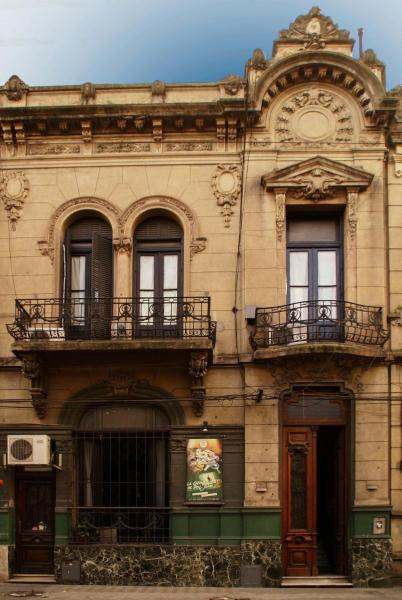 Hostel La Casona de Don Jaime 2 and Suites HI Rosario