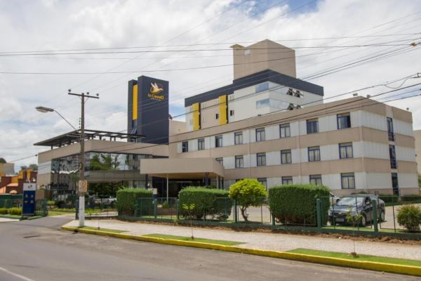 Hotel Le Canard Lages Lages