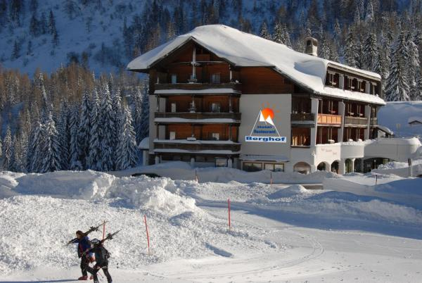 Hotels near Nassfeld. Prices & Easy Booking !