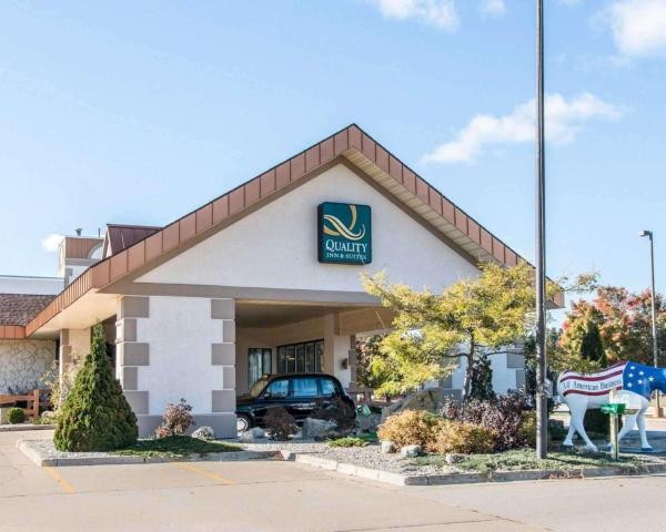 Quality Inn & Suites Escanaba