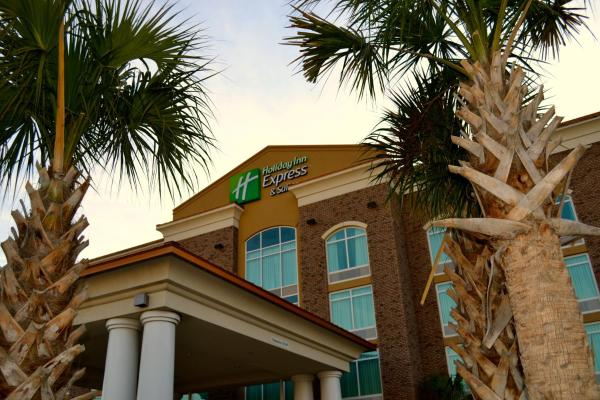 Holiday Inn Express and Suites North Charleston North Charleston