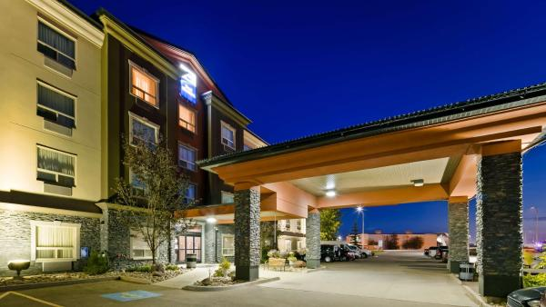 Best Western Bonnyville Inn & Suites Bonnyville