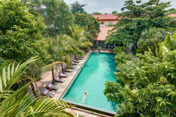 The Plantation Urban Resort and Spa Пномпень