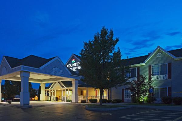 Country Inn and Suites Rochester Henrietta Хенриетта