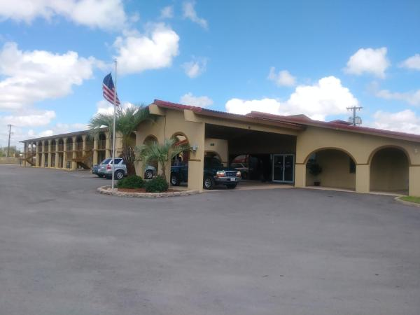Days Inn Lytle Lytle