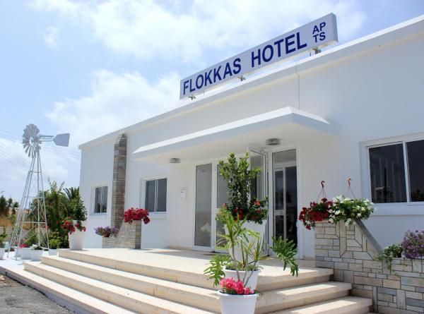 Flokkas Hotel Apartments Протарас
