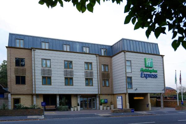 Holiday Inn Express Windsor Windsor