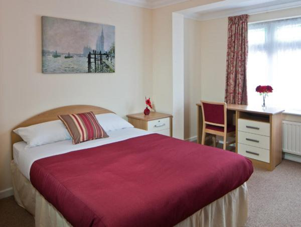 Montrose Guest House Romford