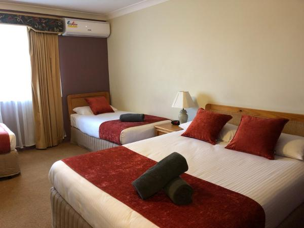 Highlands Motor Inn Oberon