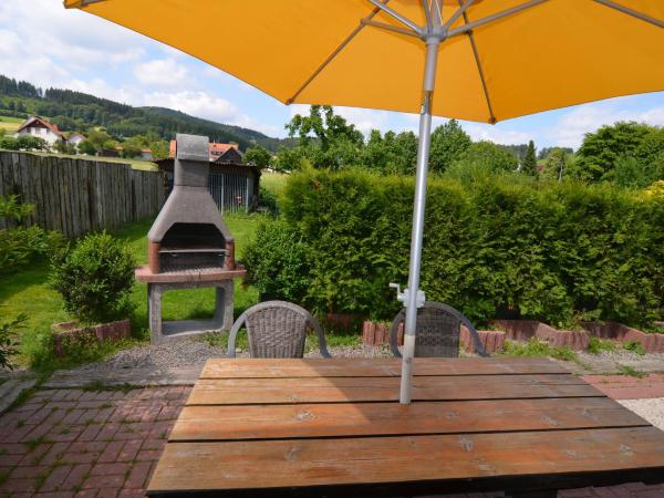 Apartment Diniza 1 / Apartment Diniza Diemelseestormbruch Stormbruch