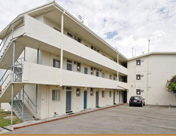 Malibu Apartments - Perth