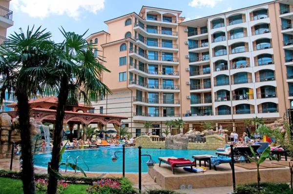 Apartments in Karolina Complex