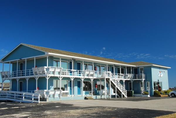 Fin 'N Feather Waterside Inn by Kees Vacations Nags Head